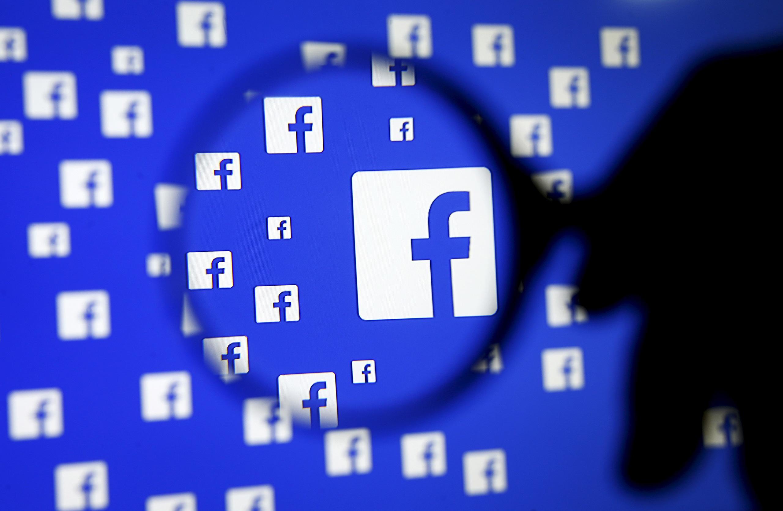 """Do đâu mà tin nhắn gửi đi của CEO Facebook Mark Zuckerberg trên Messenger cứ """"không cánh mà bay""""?"""