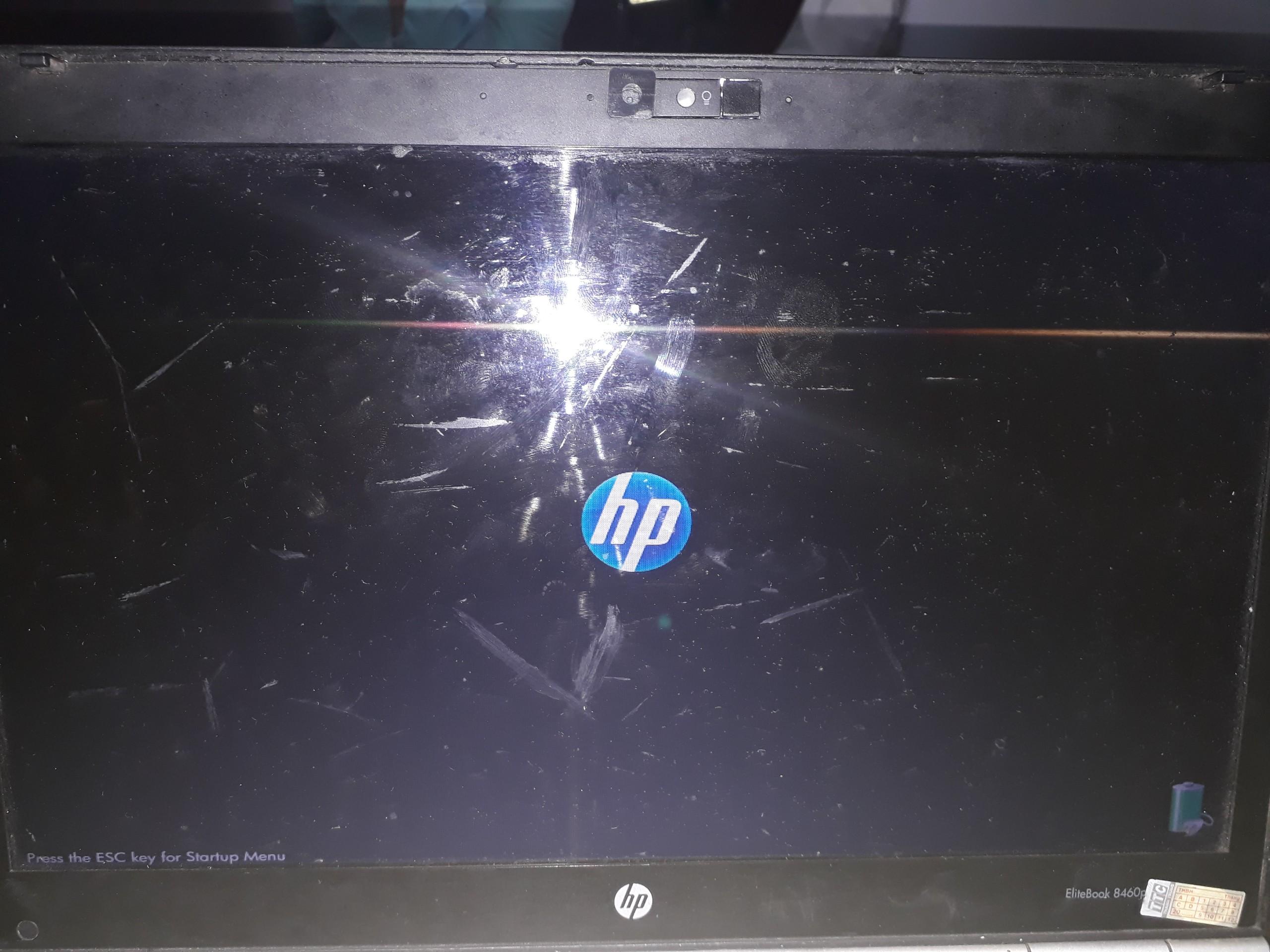 Sửa lỗi máy tính bị khởi động lại liên tục không đăng nhập được vào Window